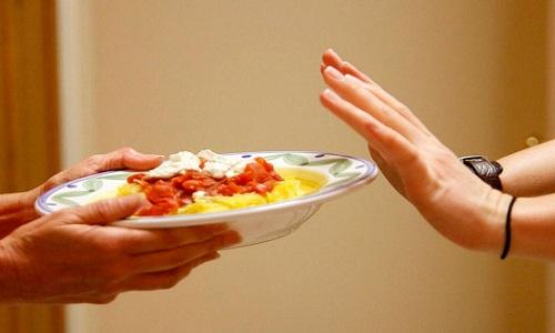 При хроническом течении заболевания у беременной может появится потеря аппетита